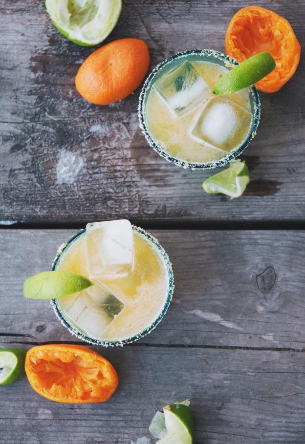 citrus salt-rimmed tangerine margaritas | holly & flora