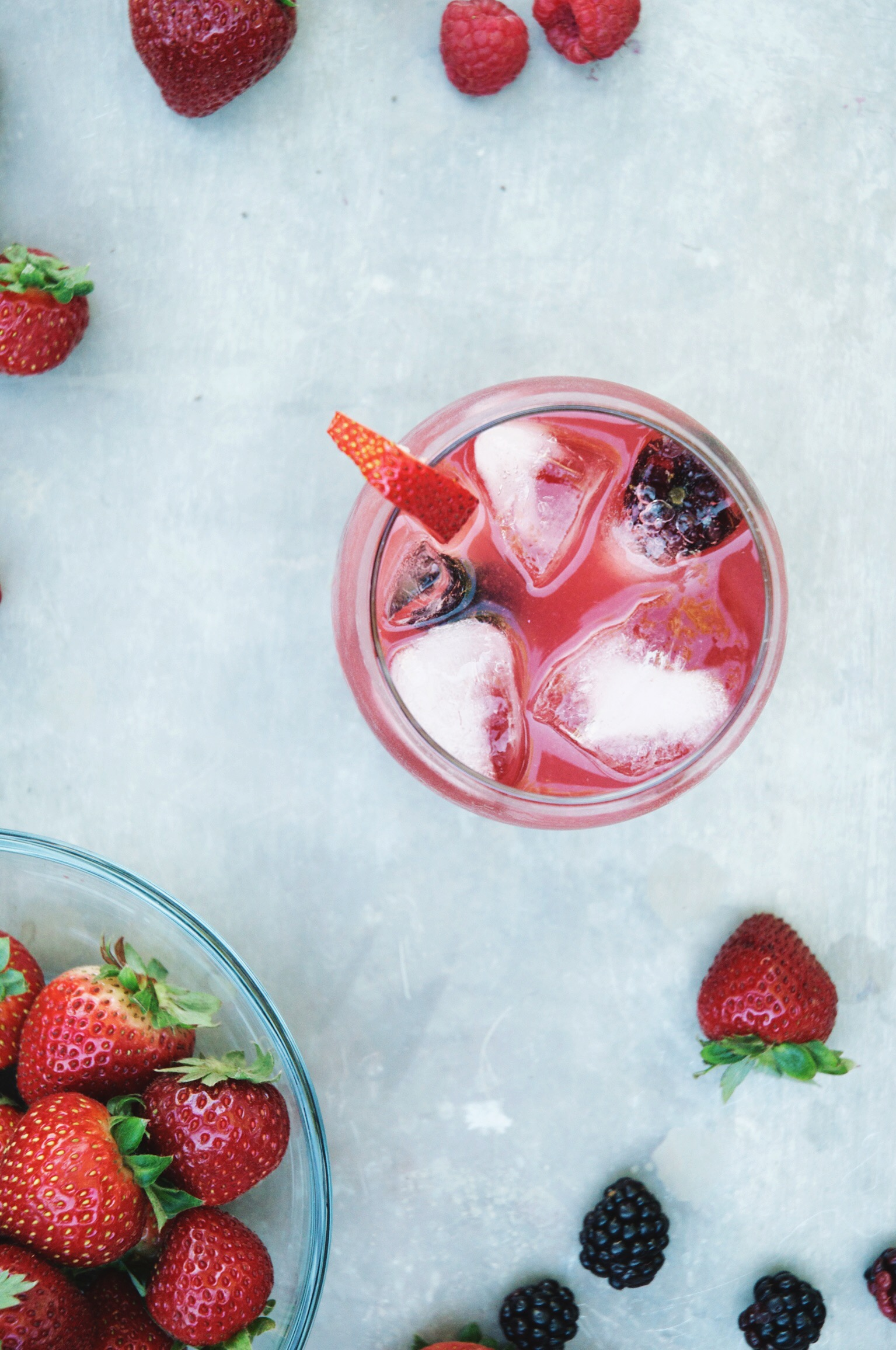 rosé berry sangria | holly & flora