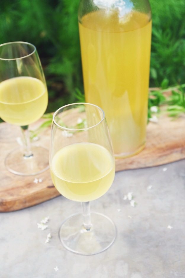how to make limoncello | holly & flora