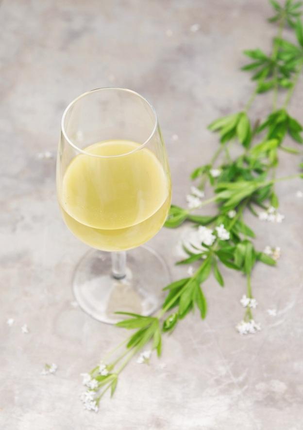 how to make limoncello | holly & flora
