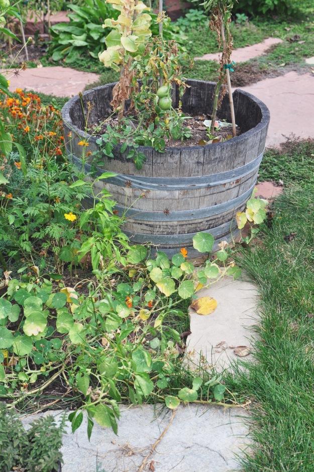 palisade peach + sage whiskey smash | holly & flora