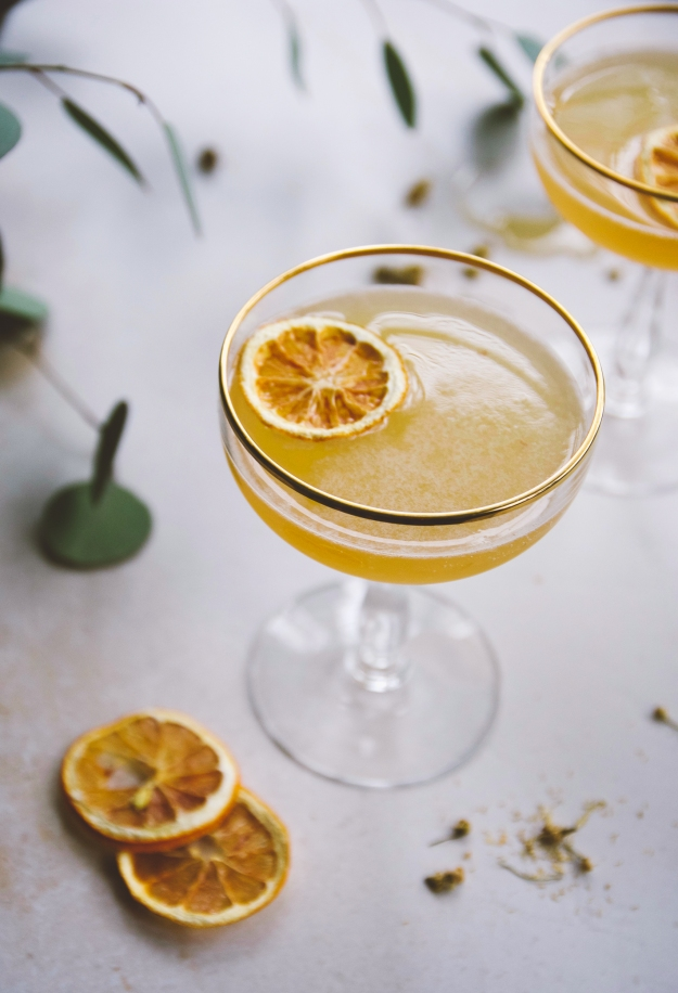 pear + chamomile bee's knees with honey syrup | holly & flora
